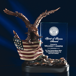 "10"" Bronze Finish Eagle w/ Flag & 4"" x 6 1/4"" Crystal Plaque"